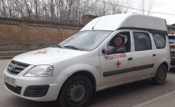 В рязанской больнице впервые в истории работает женщина-водитель