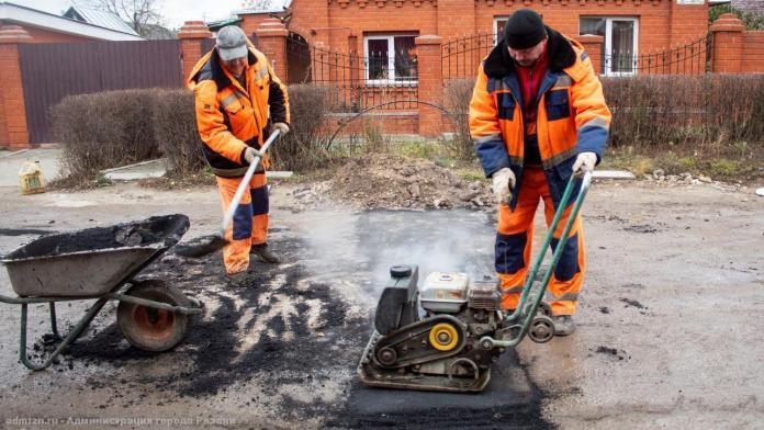 В Рязани продолжается ремонт дорог