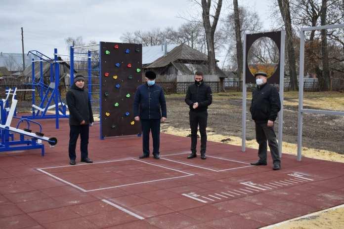В Сасовском районе открыли современную спортплощадку