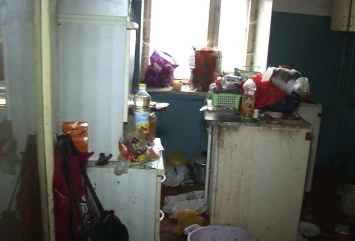 Из квартиры рязанца вывезли 8 «Камазов» мусора