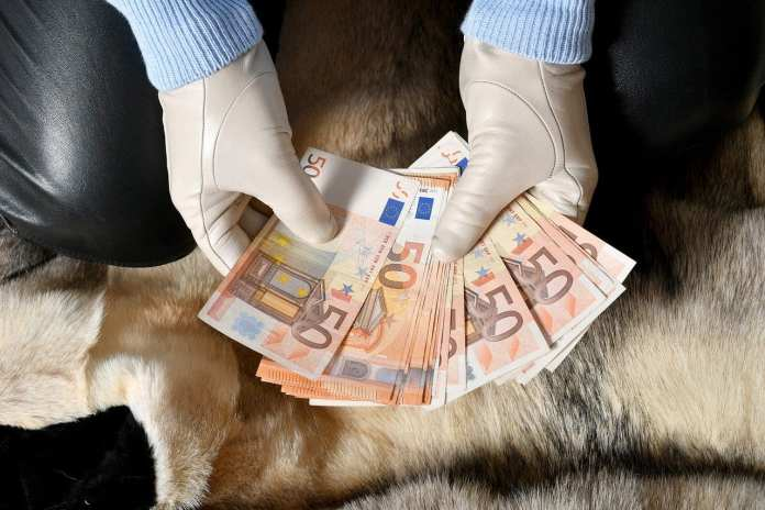 В Ряжском районе рецидивист украл из частного дома личные вещи на 200 тыс. рублей