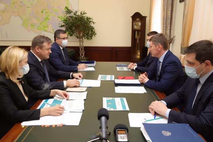 Николай Любимов провёл рабочее совещание с министром экономического развития РФ