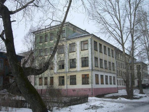 Архангельскую школу №22, где обрушился потолок, полностью закроют на капитальный ремонт