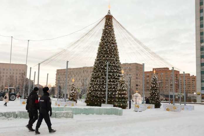 В Архангельске усилят антивандальное патрулирование праздничных площадок и новогодних арт-объектов