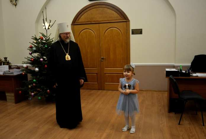 Митрополит Рязанский и Михайловский Марк поздравил детей сотрудников УФСИН