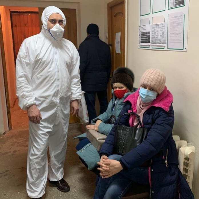 Дмитрий Хубезов посетил семью рязанца, пожаловавшегося Путину на нехватку бесплатных лекарств от коронавируса