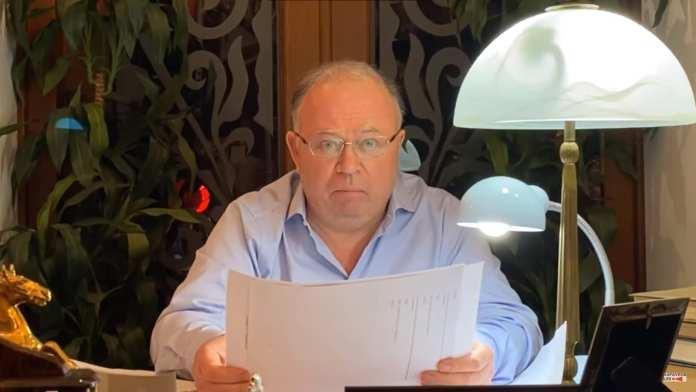 Журналист Андрей Караулов намерен подать в суд на директора рязанского СМИ Александру Безукладову