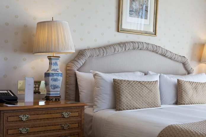 Спутница сладкого сна. Как найти подушку, приятную во всех отношениях