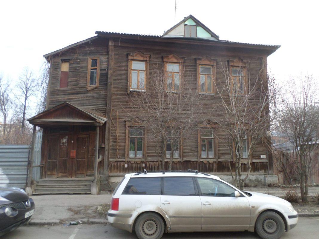Рязанские градозащитники призвали власть отказаться от сноса деревянного дома на улице Урицкого