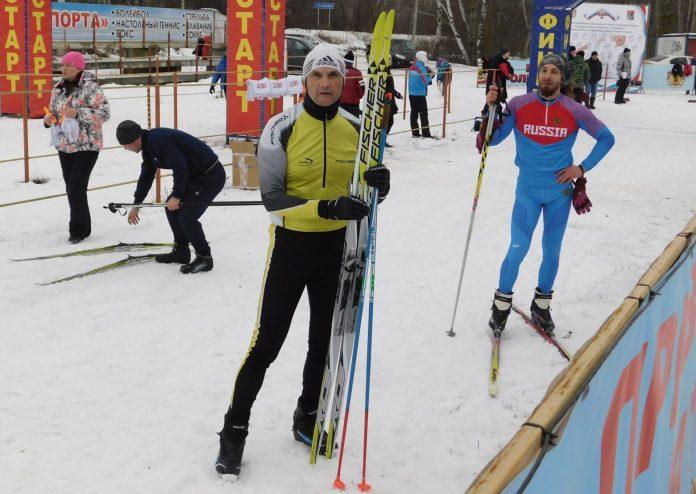 Сотрудник скопинской администрации взял серебро на областных соревнованиях по лыжам