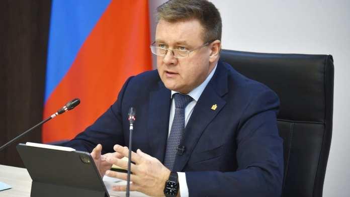 Губернатор Любимов раскритиковал мэрию Рязани за уборку города от снега