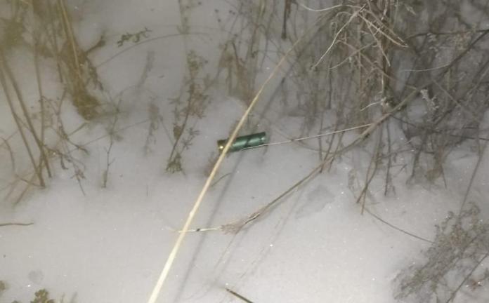 В Грязинском районе вандалы расстреляли из оружия изоляторы высоковольтной линии