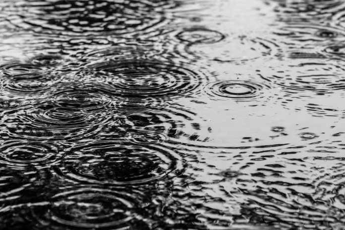 В среду январский дождь затопил несколько улиц Липецка