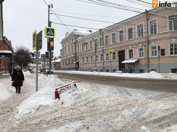 В мэрии Рязани рассказали, когда заработает новый светофор на перекрёстке улиц Ленина и Праволыбедской