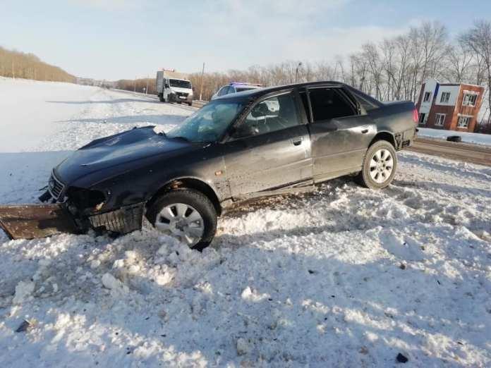 Полиция сообщила о четырёх пострадавших в ДТП в Михайловском районе