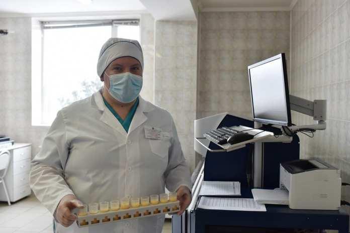 Любимов посетил Рязанскую областную ветеринарную лабораторию