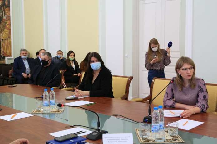 В Рязани обсудили проблемы и перспективы контроля за бездомными животными
