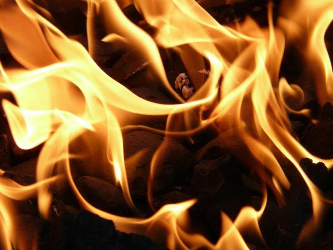 Момент взрыва в супермаркете во Владикавказе попал на видео