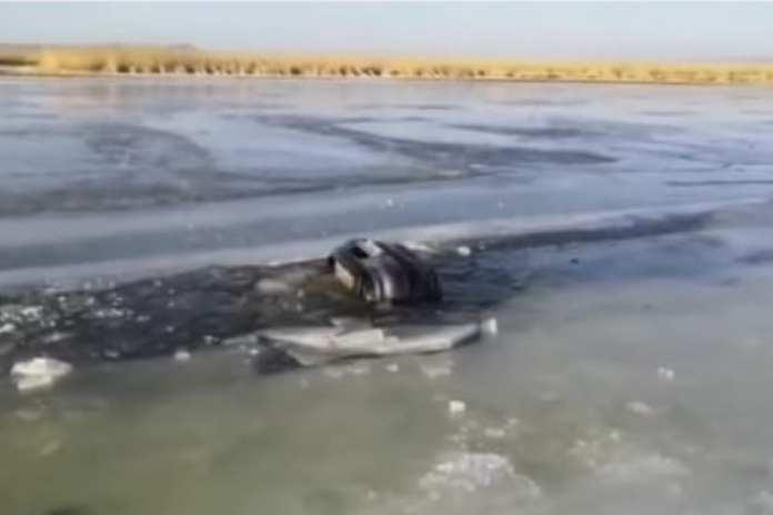 Семья из пяти человек провалилась под лед и утонула в Приморье