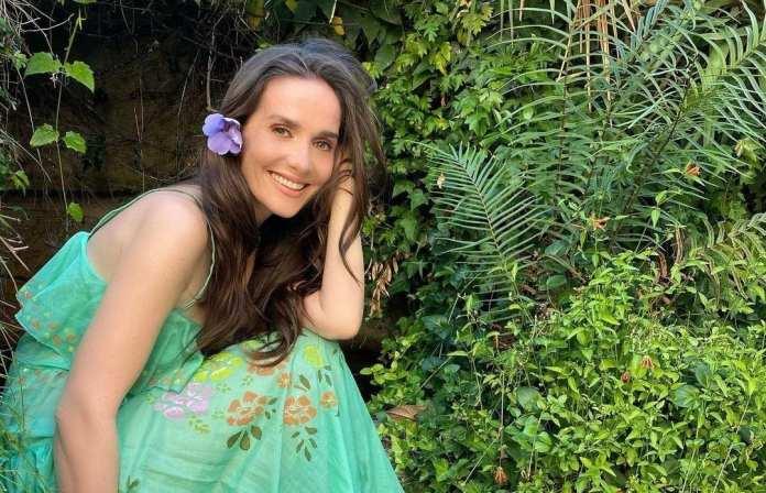 Наталия Орейро записала песню о COVID-19 на русском языке
