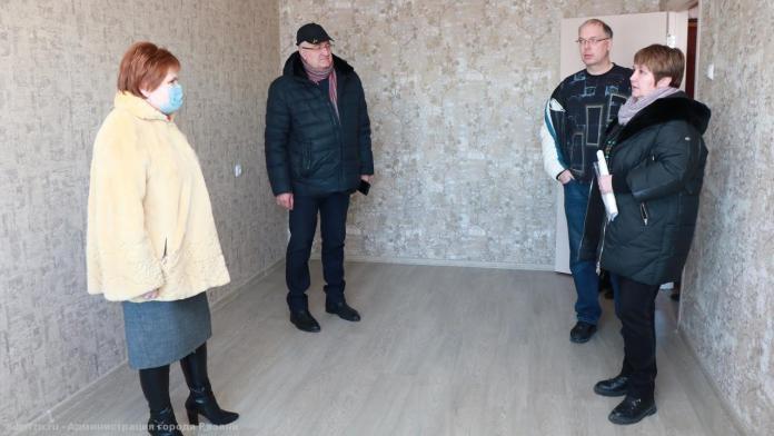 В Рязани более 60 детей-сирот получат квартиры