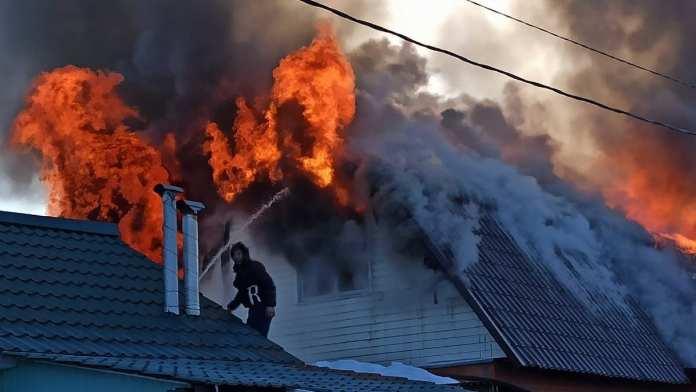 В Скопинском районе произошел пожар в частном доме