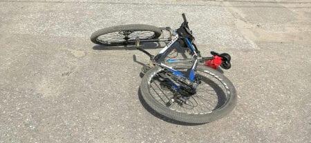 """Липчанка на """"Шевроле Ланос"""" сбила во дворе восьмилетнего велосипедиста"""