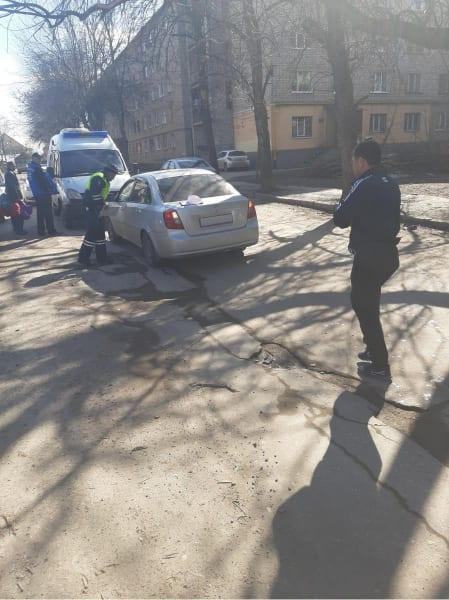 """В Рязани автомобиль """"Дэу Джентра"""" сбил 9-летнюю девочку"""