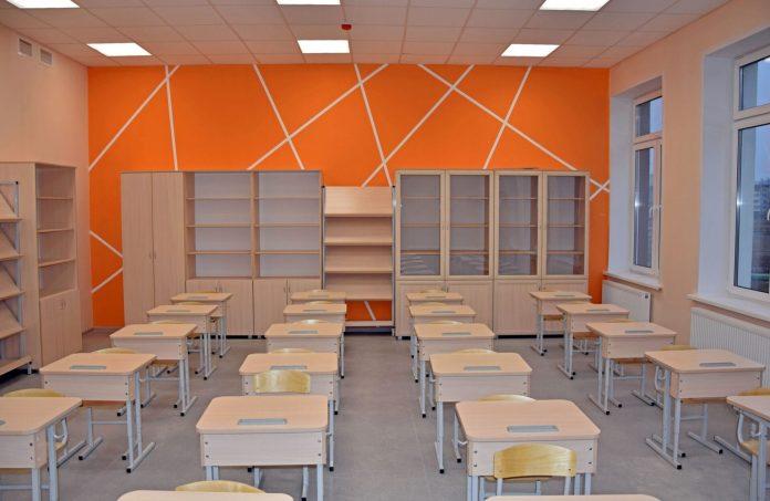 В Костроме начали принимать заявления на зачисление в первый класс в новою школу на Профсоюзной