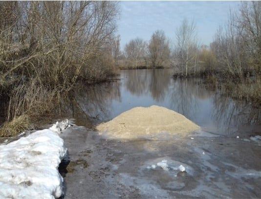 Из-за половодья подтопило еще один мост в Кораблинском районе