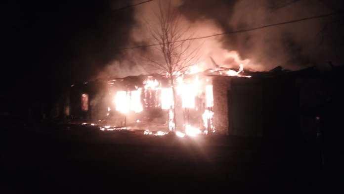 Жилой дом сгорел в Скопине