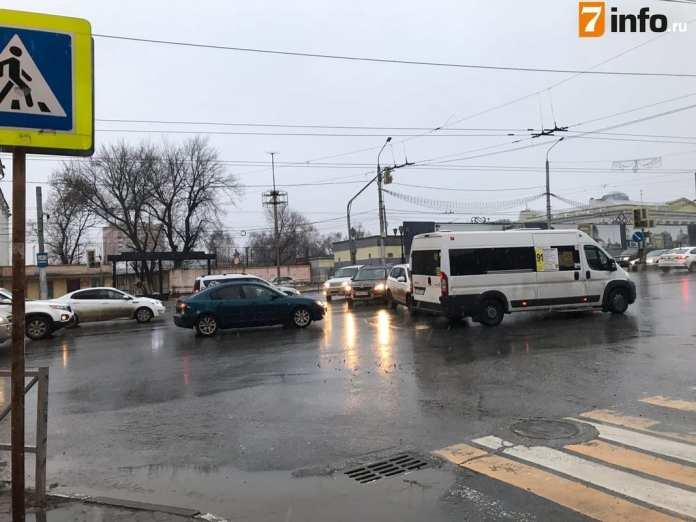 Светофоры на улице Каширина в Рязани перестали работать