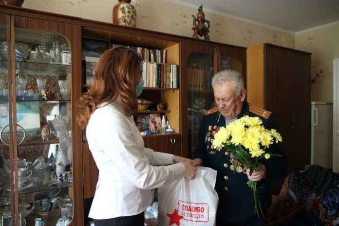 Юлия Рокотянская поздравила ветеранов с наступающим Днем Победы