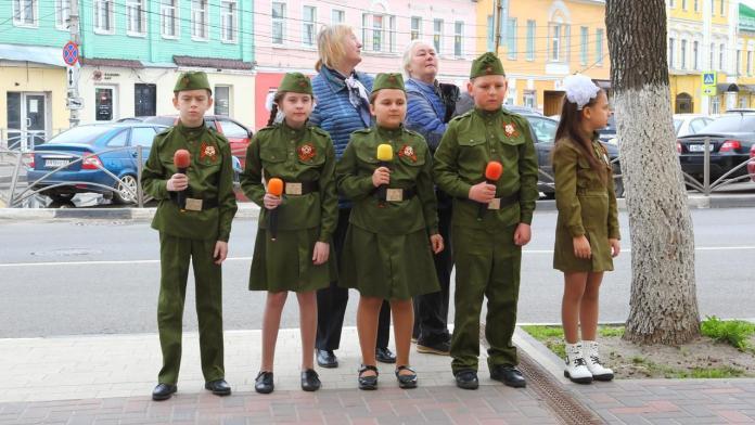 """""""Фронтовые бригады"""" споют в более 200 рязанских дворах"""