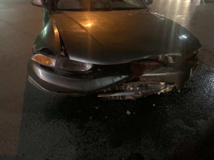 """Два человека пострадали в аварии """"семерки"""" и """"Mitsubishi Galant"""" в Рязани"""