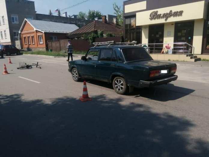 Автомобиль сбил пожилую женщину в Спасске