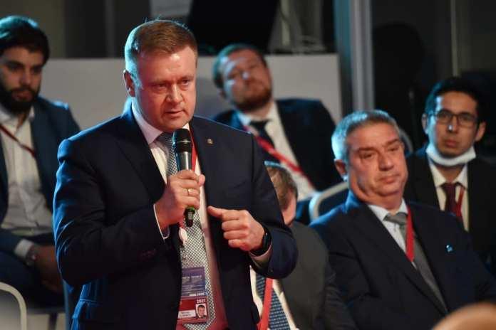 Депутат Госдумы от Рязанской области Андрей Макаров провёл дискуссию «Развитие регионов: экономика возможностей»