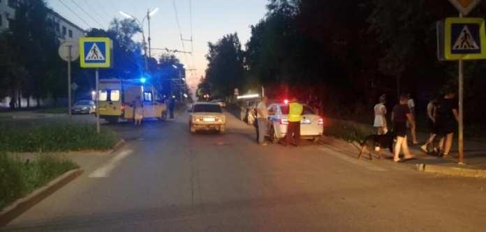 Автомобиль сбил пешехода на улице Братиславской в Рязани