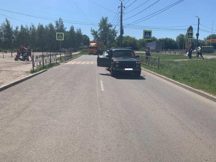 В Рязани автомобиль сбил женщину на пешеходном переходе