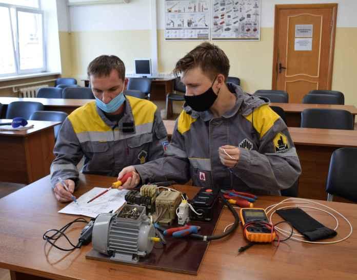 Студенты со всей России проходят практику в рязанской НПК