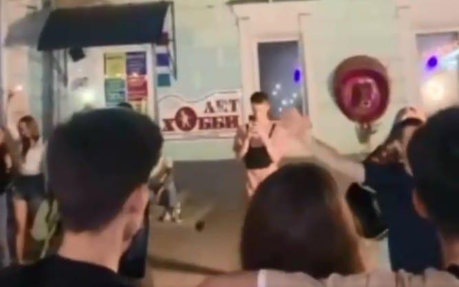 Фанаты певицы МакSим запустили видеофлешмоб