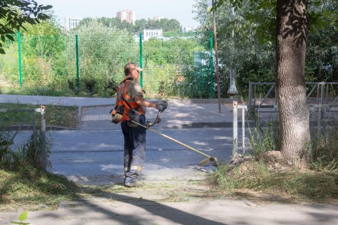 За сутки с рязанских дорог вывезли почти 100 кубометров смета