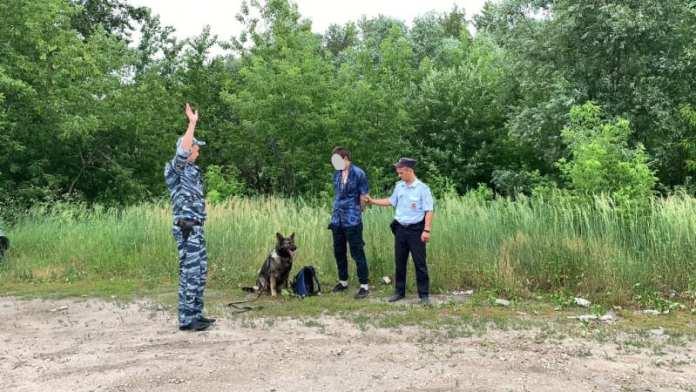 На окраине Рязани задержали 34-летнего мужчину с наркотиками
