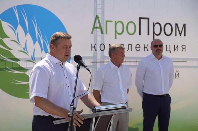 В Ряжском районе Николай Любимов присутствовал при запуске элеватора