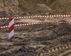 В Михайлове 10-летнего мальчика насмерть засыпало грудой песка во время игры