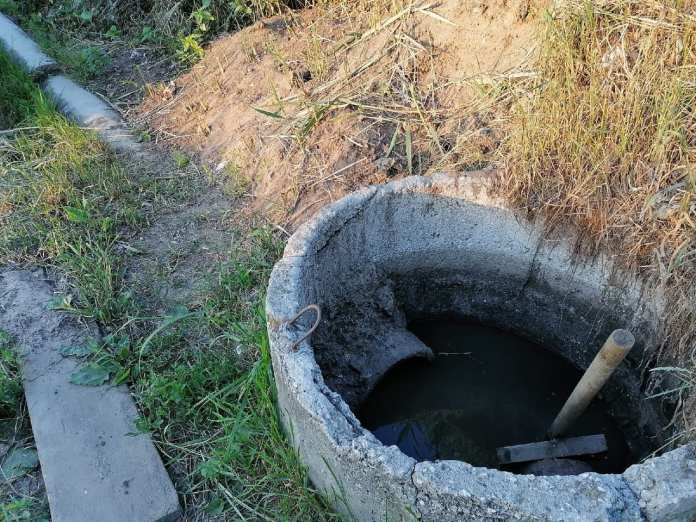 В соцсетях пожаловались на слив канализации в приток Оки
