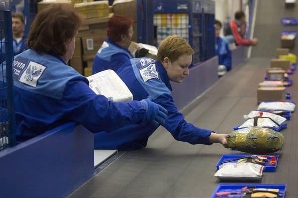 Жители Рязанской области быстро и бесплатно вернули по почте более 1 400 товаров в интернет-магазины