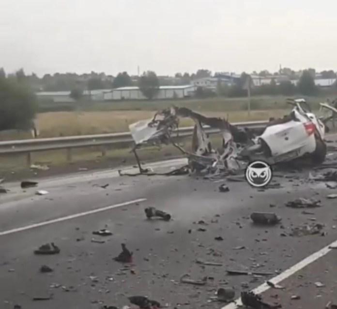 В аварии легковушки и цистерны под Кузнецком погиб мужчина