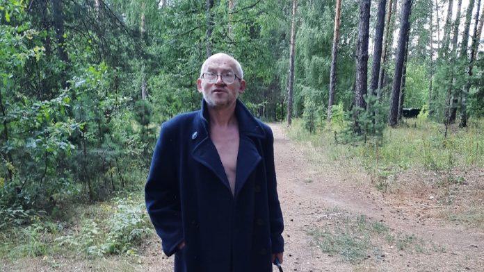 Жители Солотчи опасаются разгуливающего с ножом мужчины