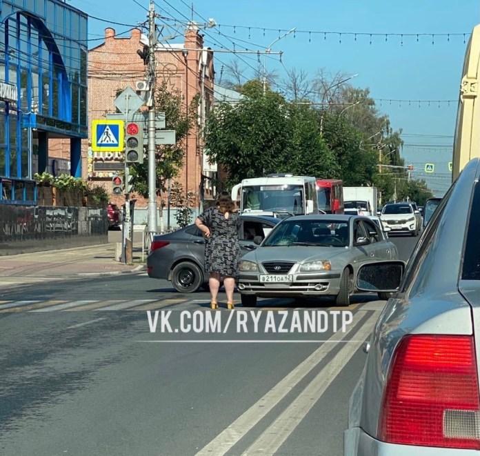 Из-за ДТП в центре Рязани образовывается пробка